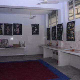 Biology lab (2)